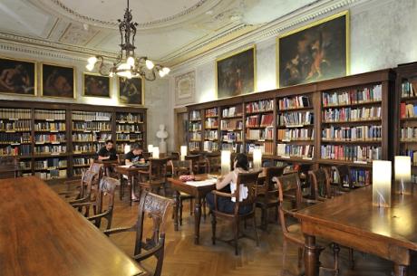 Biblioteca, Sezione Discipline Scientifiche